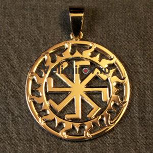 Оберег Ладинец в солнечном круге из золота